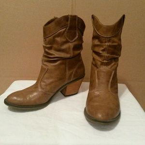 Decree boots